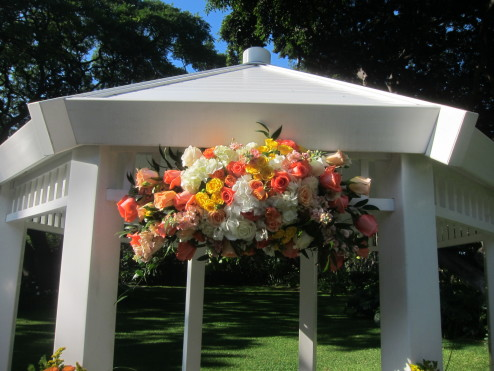 Gazebo hanging arrangement