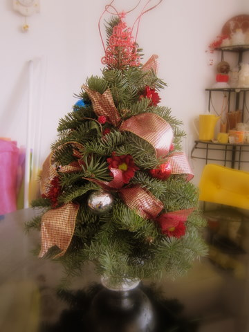 when you have kids and pets in the house one good alternative to a full size christmas tree is this table top christmas tree come fully decorated - Fully Decorated Tabletop Christmas Tree